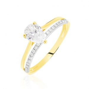 Engagement ring gold