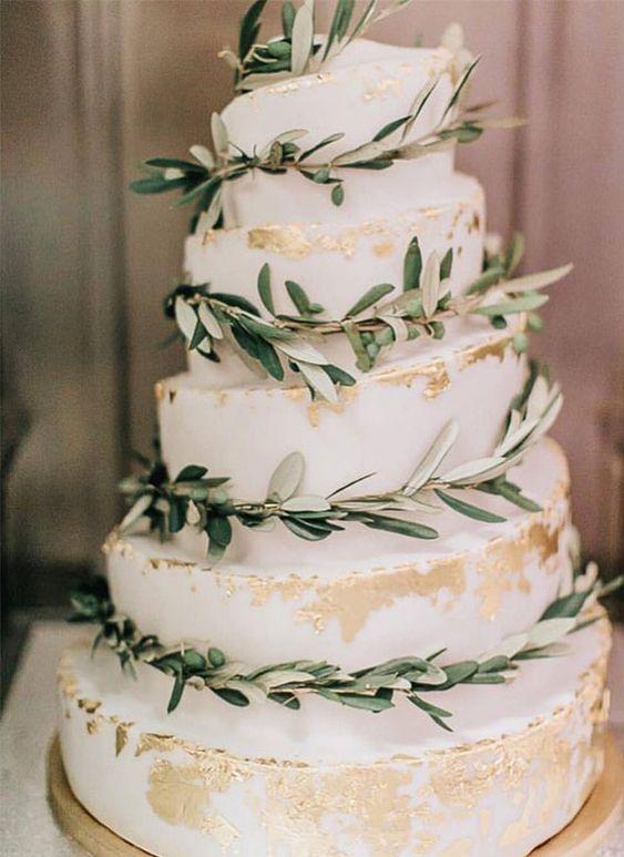 wedding cake natural chic